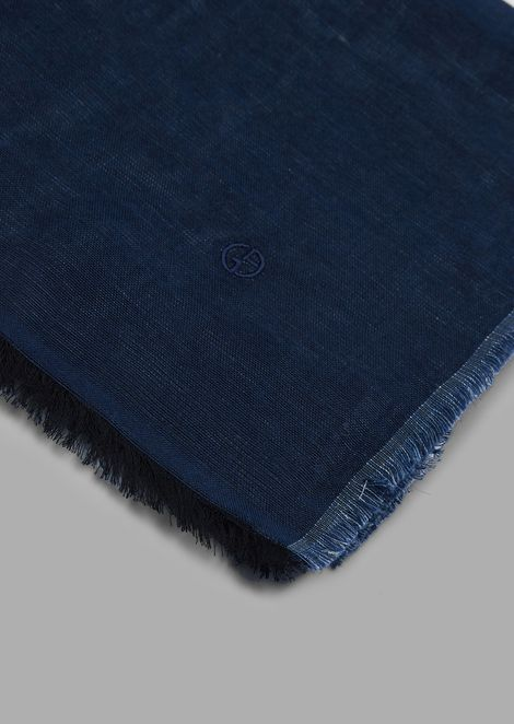 Foulard in cotton and linen with fringed edges