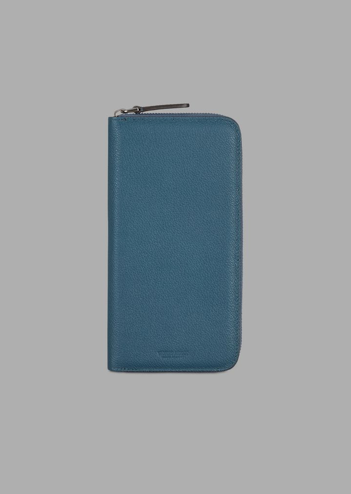 7871ef8fe1 Vertical card holder in grained leather