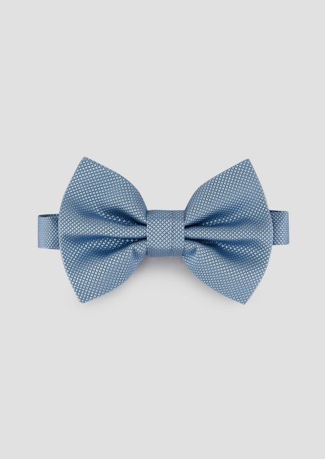 Bow tie in pure silk