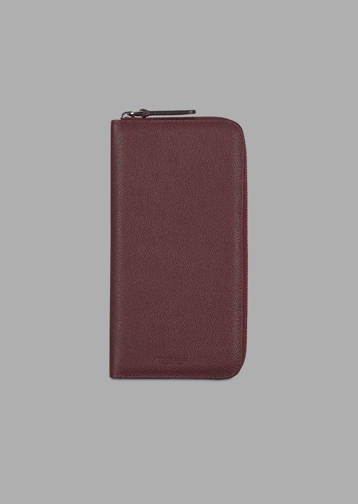 6dbb20edcf Zip around wallet in grained calfskin