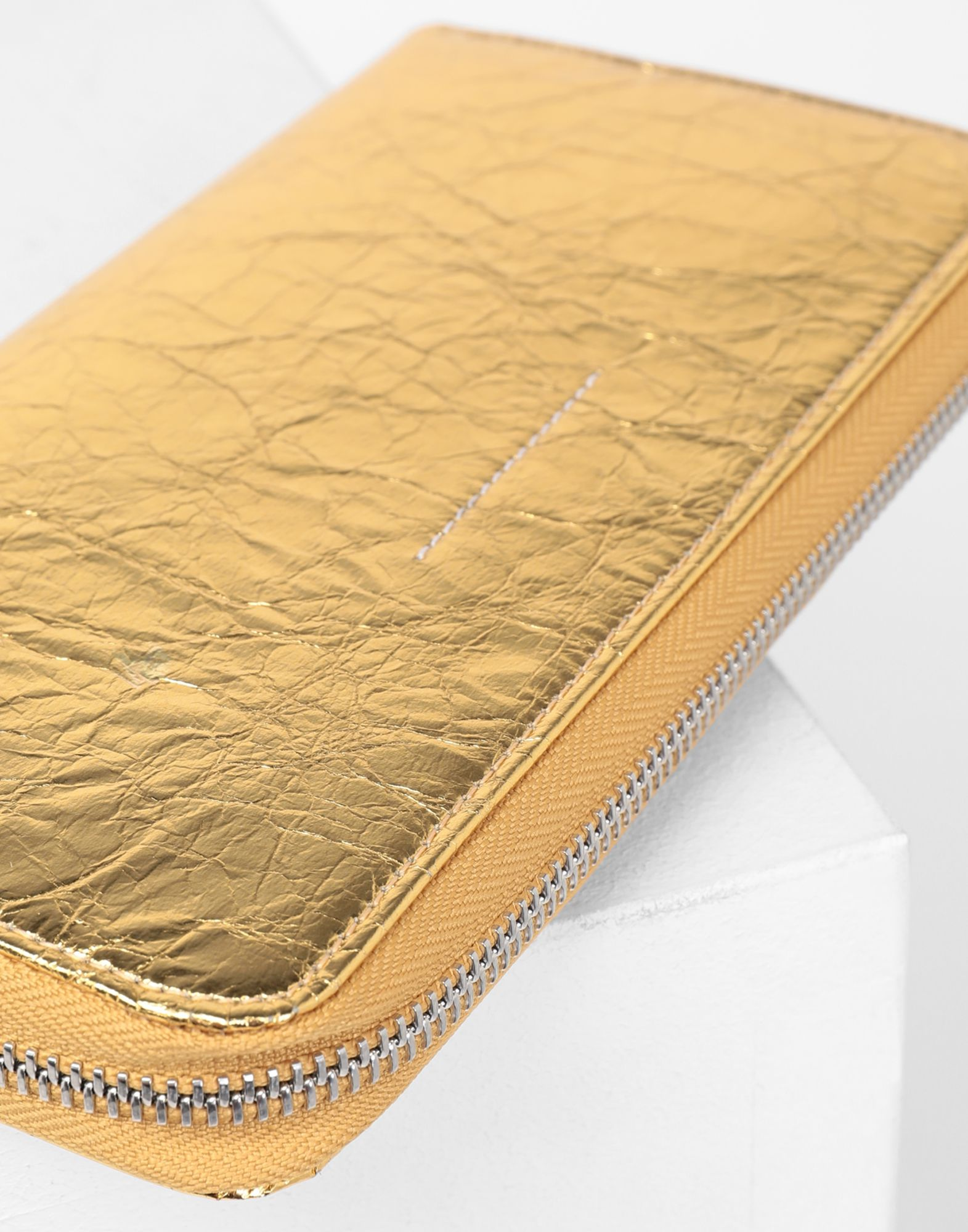 MM6 MAISON MARGIELA Crinkled leather zip long wallet Wallets Woman d