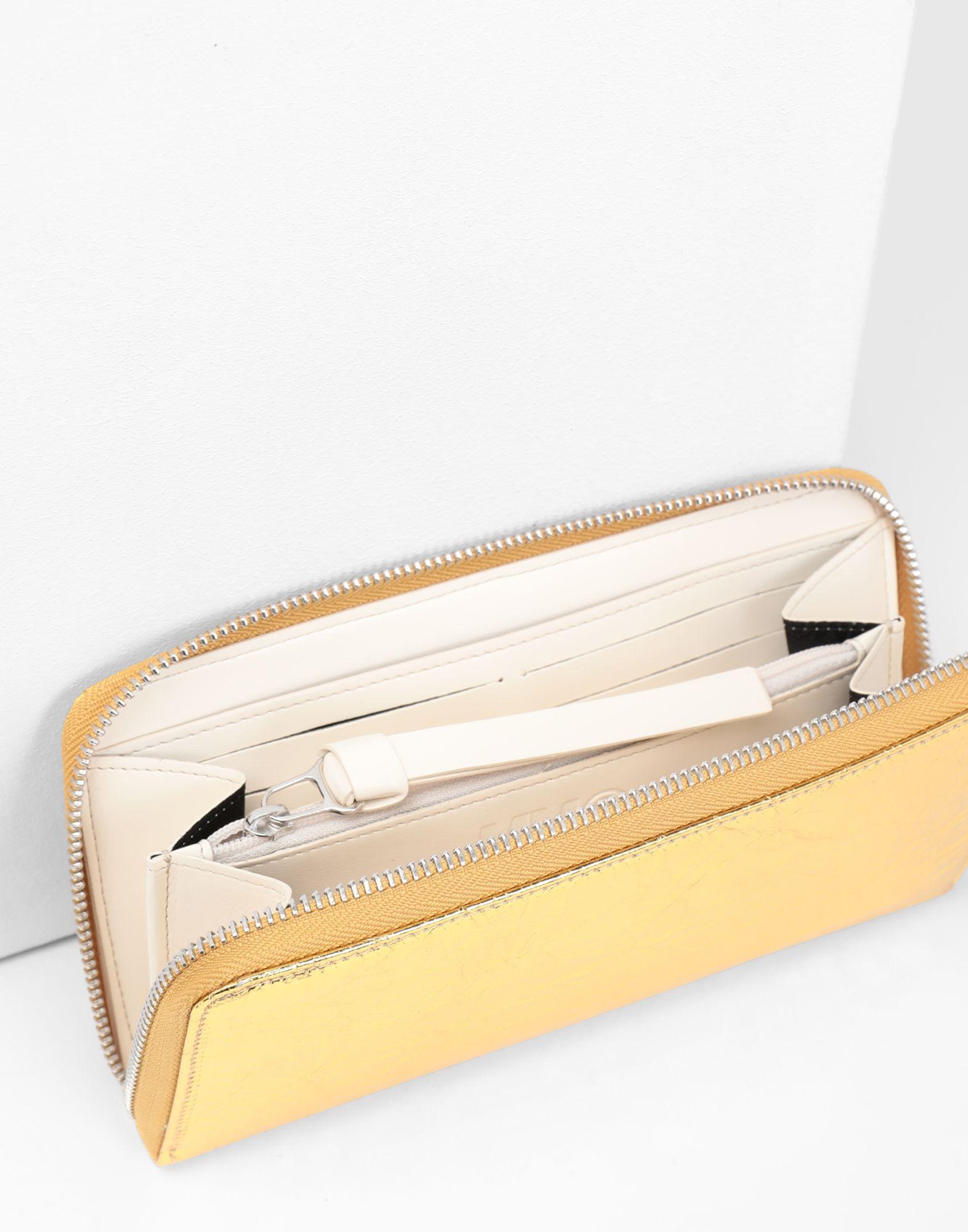 MM6 MAISON MARGIELA Crinkled leather zip long wallet Wallets Woman e