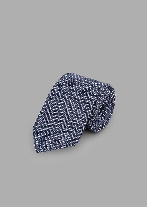 Corbata de tejido con bordado jacquard geométrico