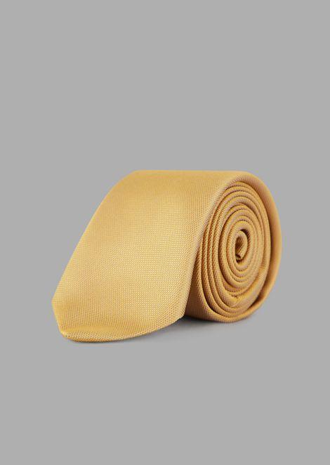 Silk velvet tie