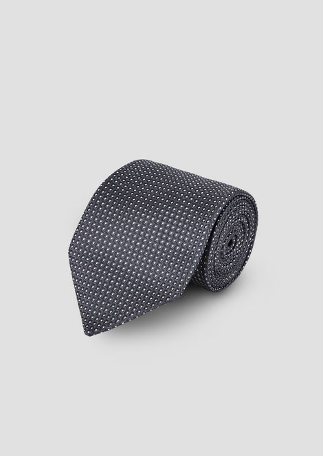 Silk tie with jacquard motif