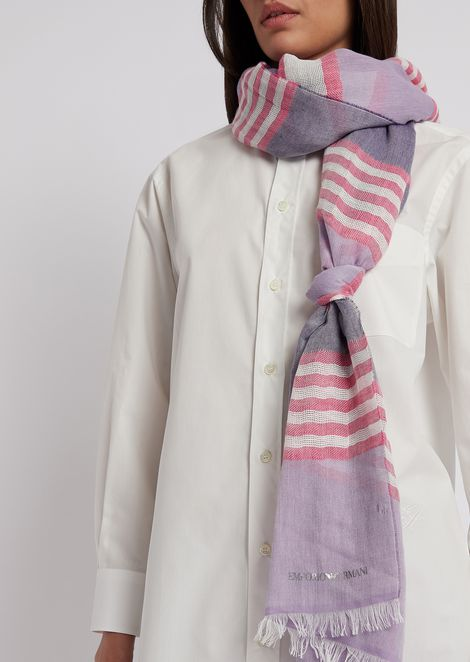 Stole in striped cotton and linen with frayed edges