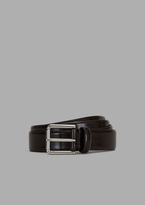 Cinturón de piel de becerro cepillada