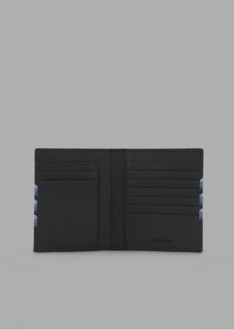 Passport holder in grained leather with coloured chevron print