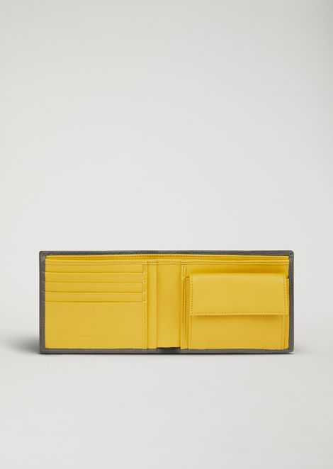 Wallet in printed and boarded leather