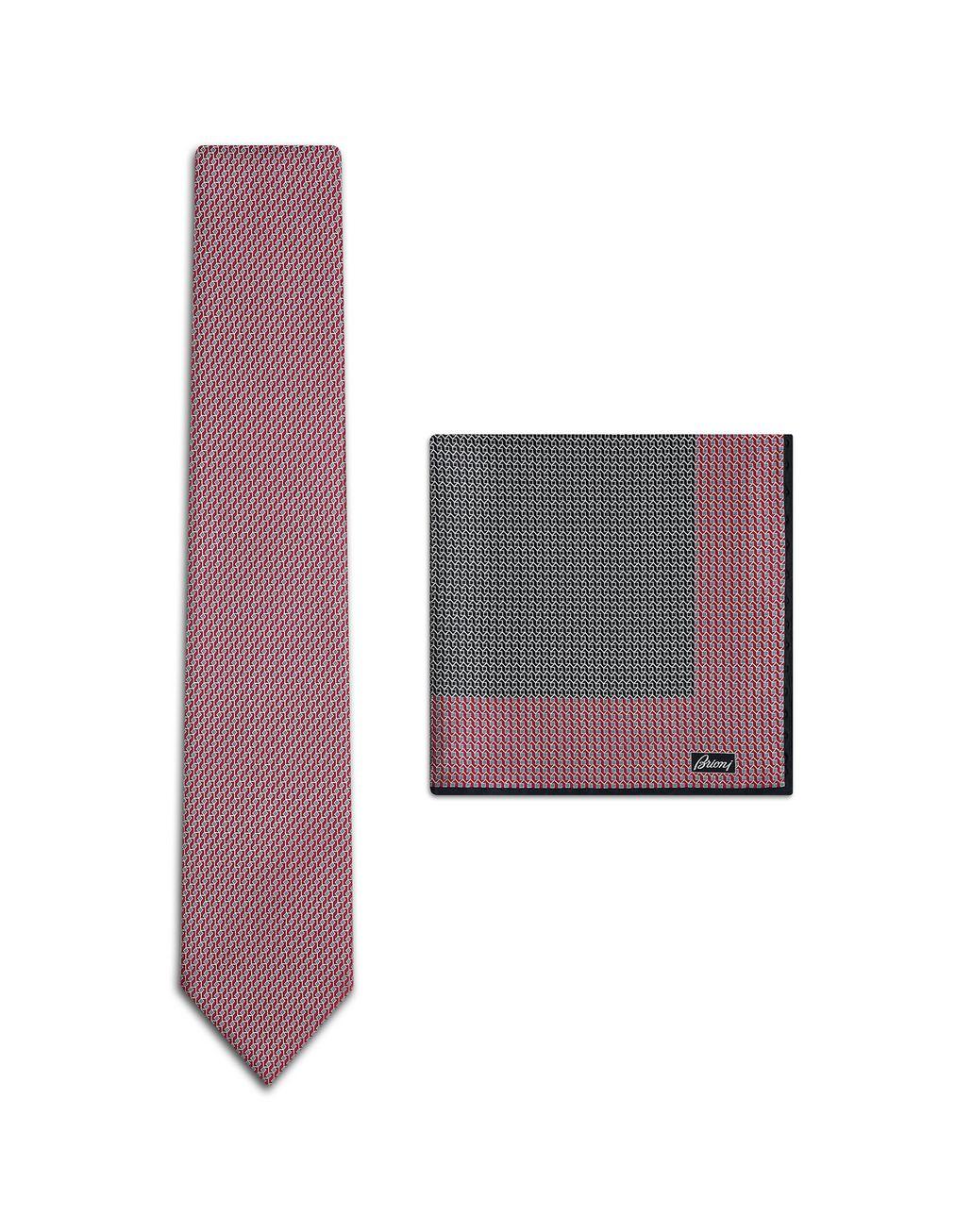 BRIONI Set aus roten Krawatten mit kleinem, marineblauem Muster Krawatte & Einstecktuch Herren f
