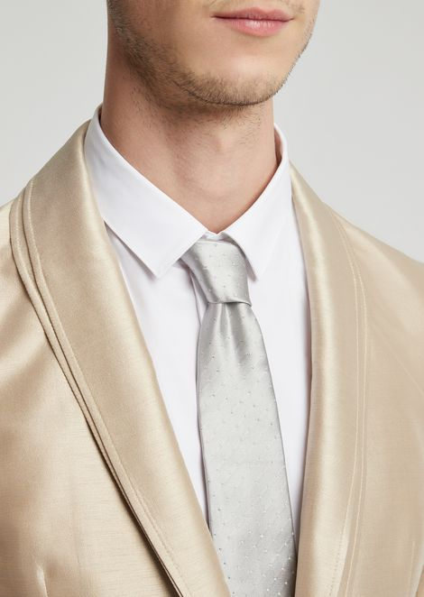Pure silk tie with polka-dot jacquard motif