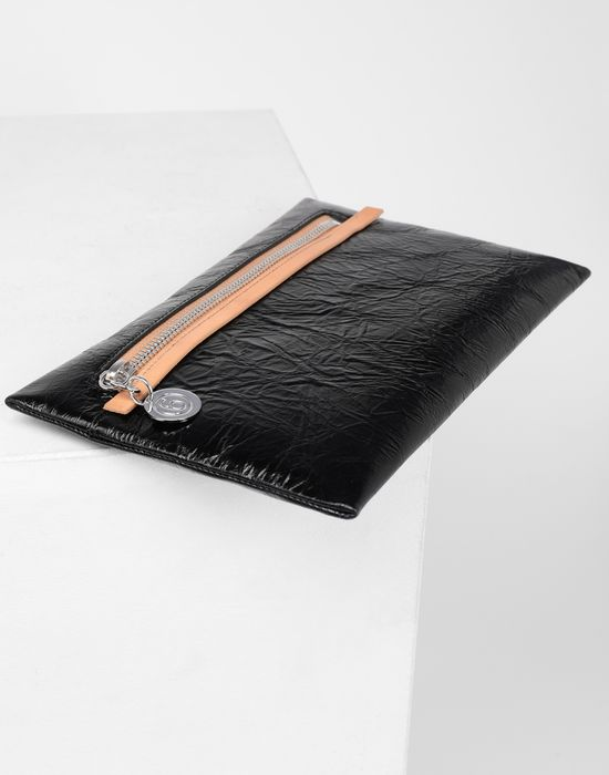 MM6 MAISON MARGIELA Crinkled leather zip pouch Wallet [*** pickupInStoreShipping_info ***] d
