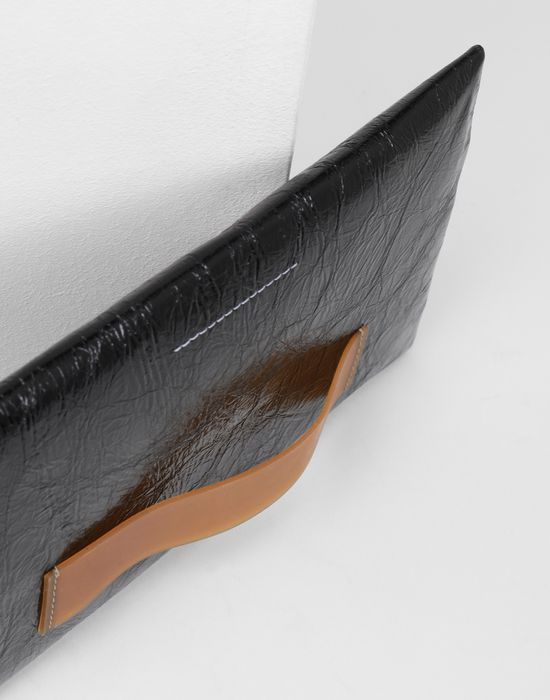 MM6 MAISON MARGIELA Crinkled leather zip pouch Wallets [*** pickupInStoreShipping_info ***] e