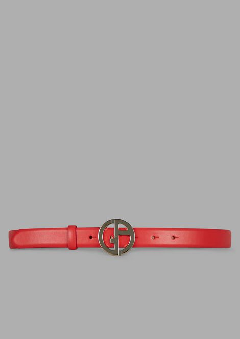 Grained leather belt with GA logo in metal