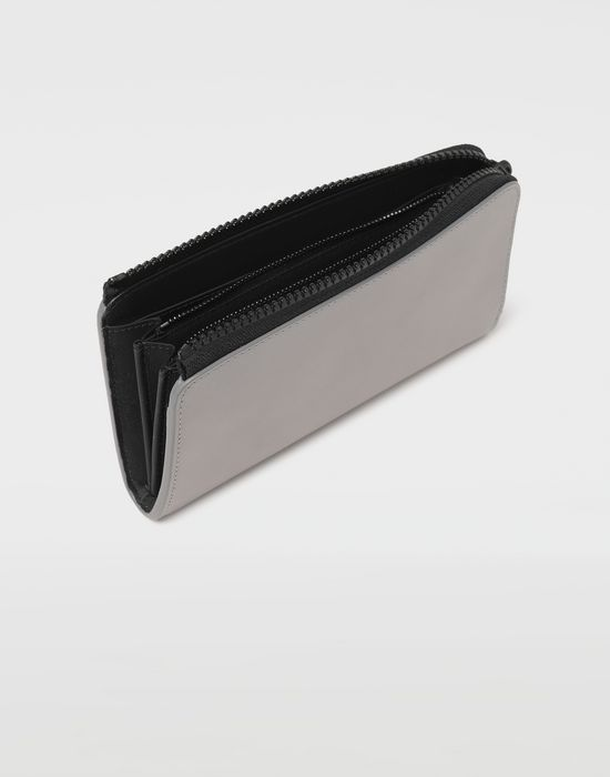 MAISON MARGIELA Logo-embossed long leather wallet Wallets [*** pickupInStoreShippingNotGuaranteed_info ***] d