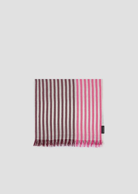 Stole in striped, graduated fabric