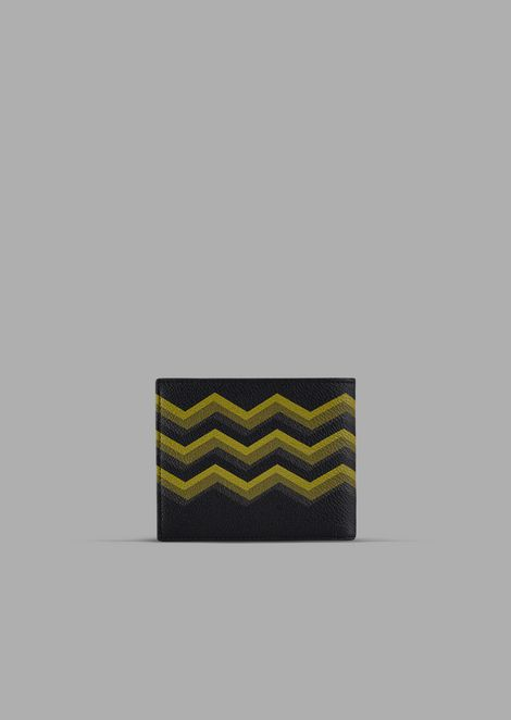 Bi-fold wallet in leather with colored chevron print