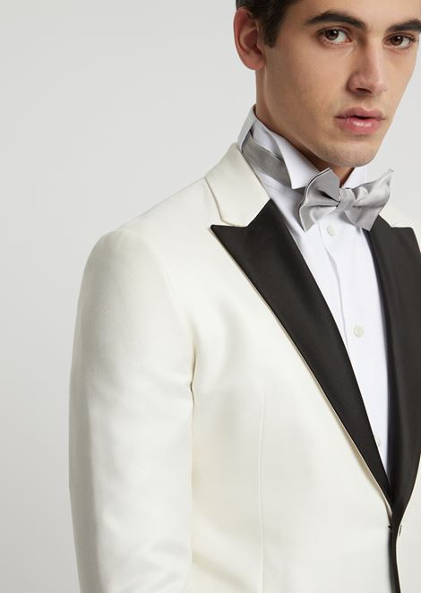 Bow tie in silk satin