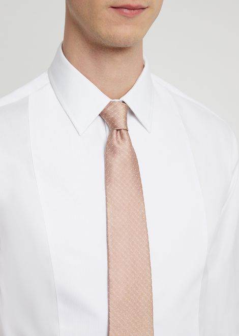 Silk tie with polka-dot motif