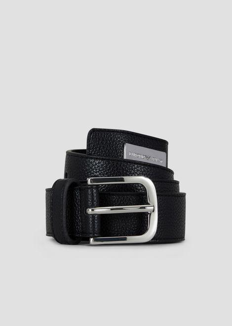 Cinturón con estampado de ciervo y chapita con logotipo