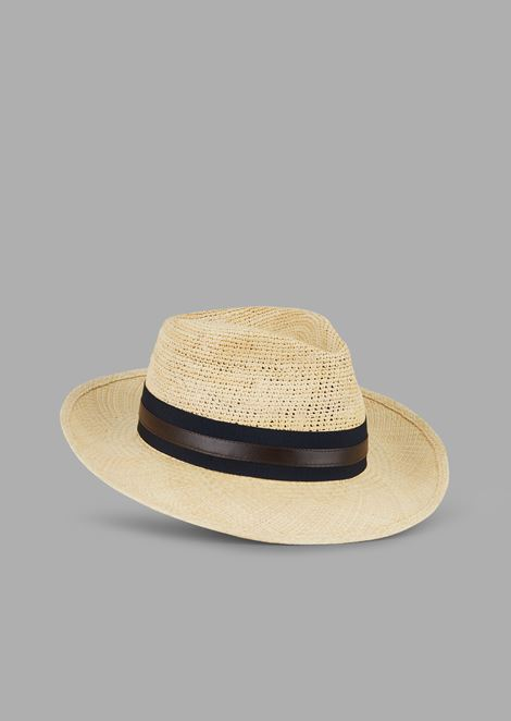 Fedora hat in natural straw with leather band