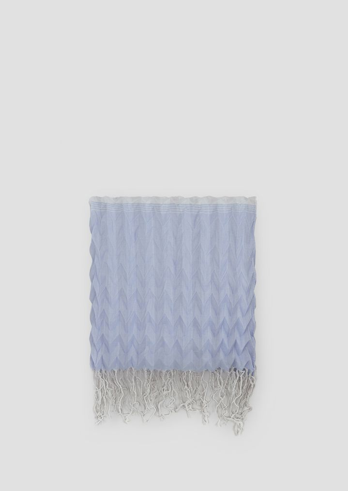 4ac110e692 Stole in pleated fabric with fringing