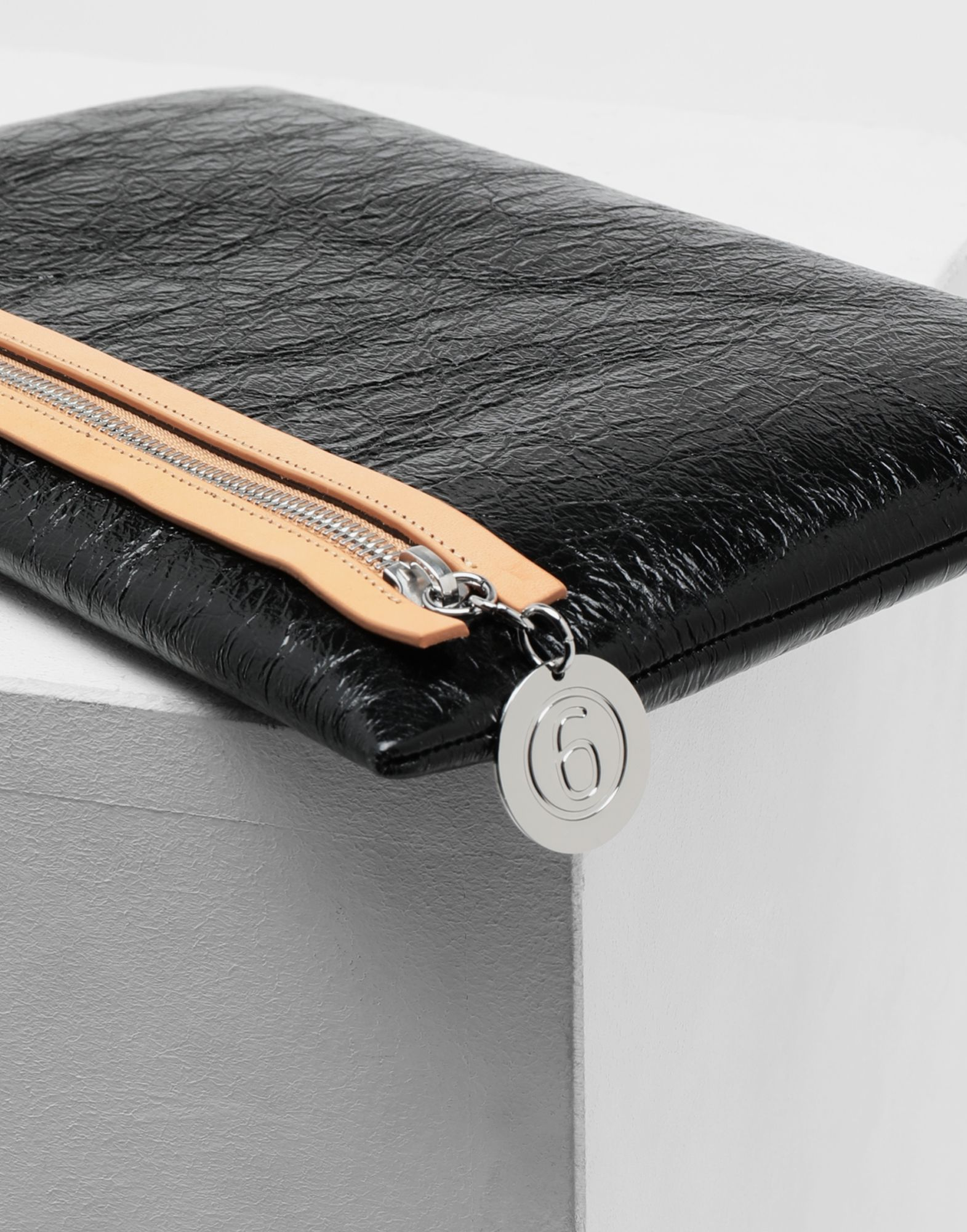 MM6 MAISON MARGIELA Crinkled leather zip pochette Wallet Woman d