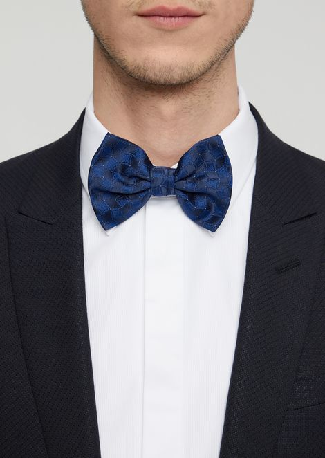 Bow tie in pure silk with two-colour pattern