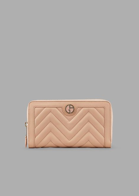 Quilted nappa leather wallet with zip and enamelled logo