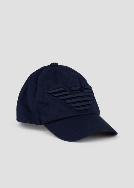Gorra de béisbol con logotipo bordado en relieve