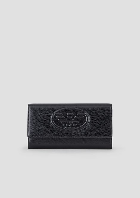 Cartera de piel metalizada con logotipo en relieve