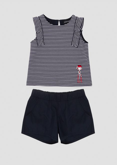 Outfit in jersey with top and striped shorts