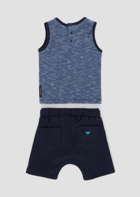 Completo canotta e shorts con stampa mare