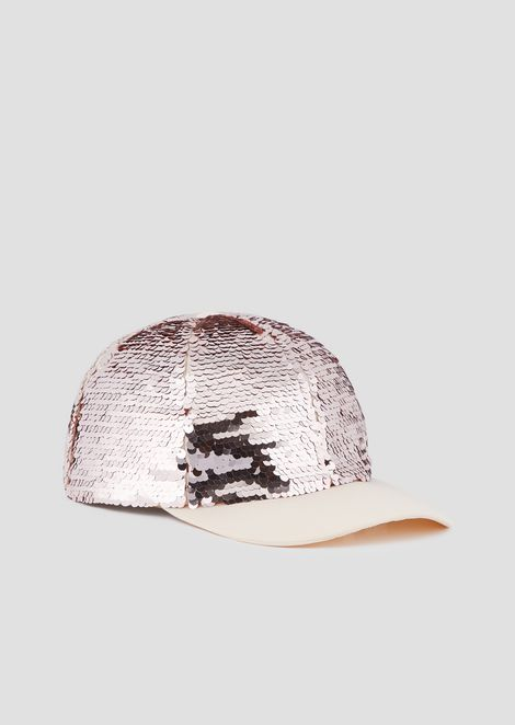 Snapback with sequins