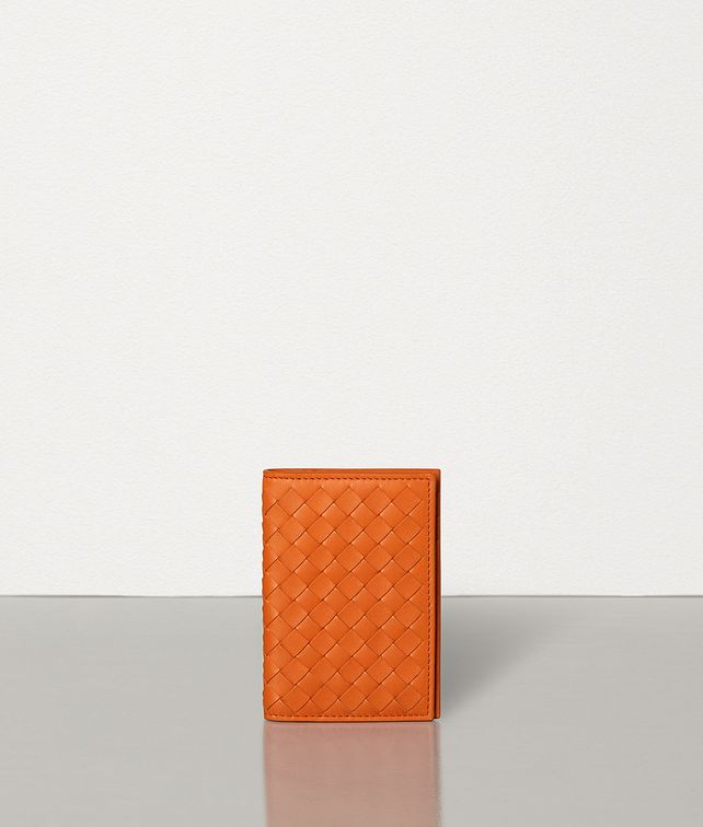 BOTTEGA VENETA MEDIUM CARD CASE IN INTRECCIATO VN Card Case Man fp