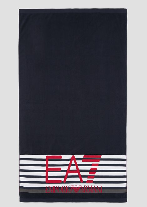 Beach towel in soft terry cotton with maxi logo