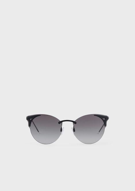 Woman cat eye sunglasses
