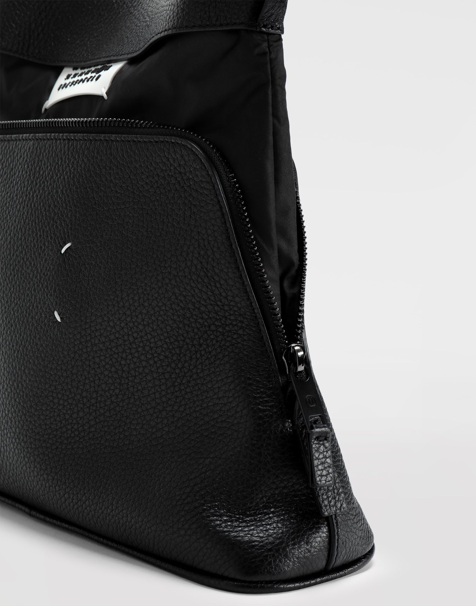 MAISON MARGIELA Dual-wear bag Wallet Man b