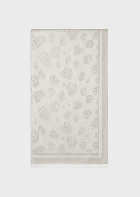 Floral jacquard motif stole with cornice