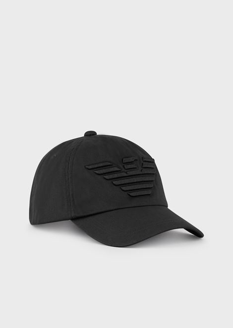 Baseball cap with embroidered eagle