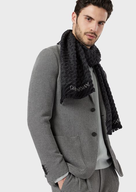 Knit stole with jacquard chevron motif