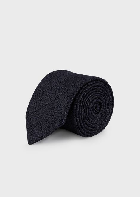 Silk and wool blend tie with jacquard motif