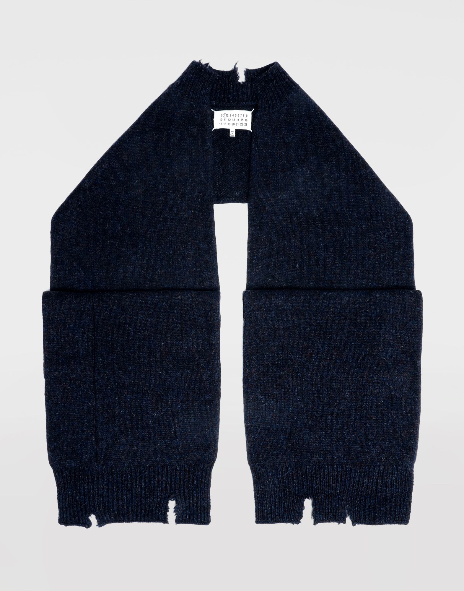 MAISON MARGIELA Reworked wool scarf Scarves and Stoles Woman f