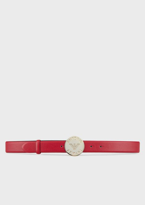 Grained leather belt with round buckle and engraved logo