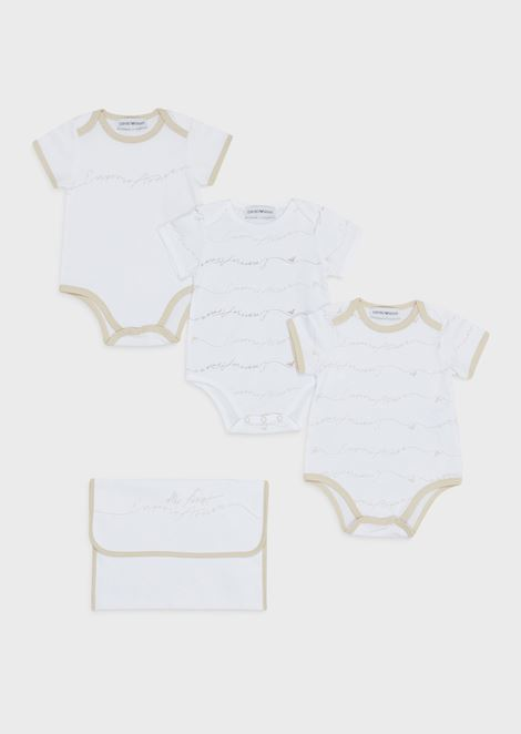 Gift set with 3 bodysuits and a dust bag