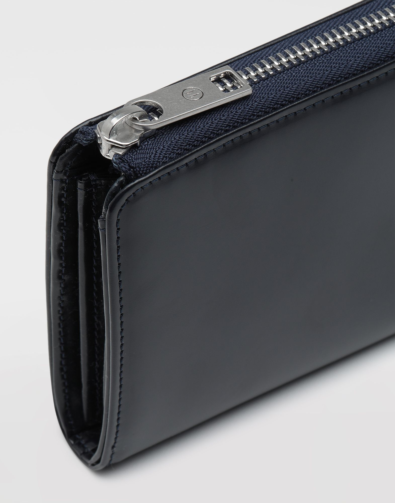 MAISON MARGIELA Zip-around leather wallet Wallets Man e