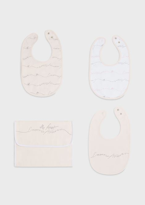 Gift set with 3 bibs and a dust bag