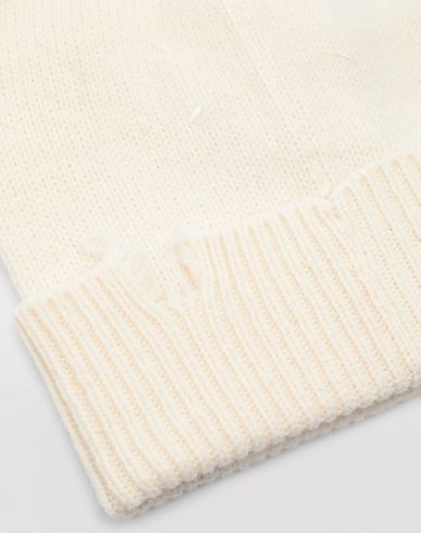 ACCESSORIES Destroyed wool beanie Ivory