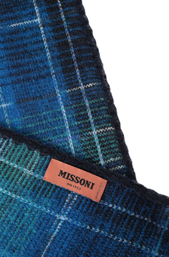 MISSONI Scarf Man, Side view