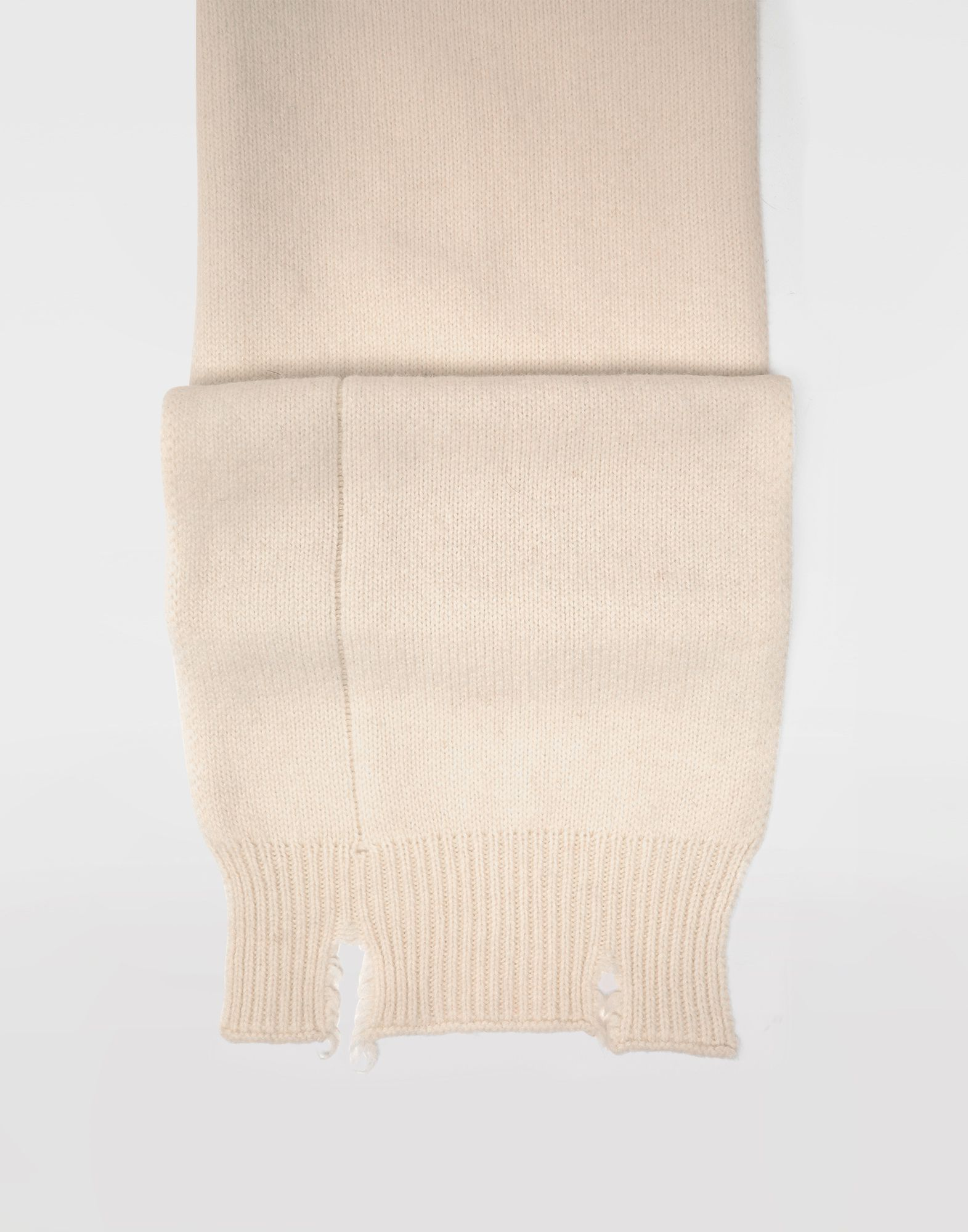 MAISON MARGIELA Reworked wool scarf Scarves and Stoles Woman d